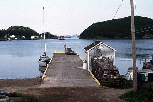 little bay.jpg (39583 bytes)